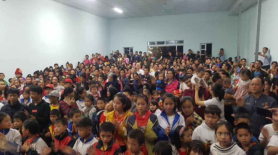 TAI DAM VILLAGERS BECOME CHRISTIANS AT CHRISTMAS GATHERING